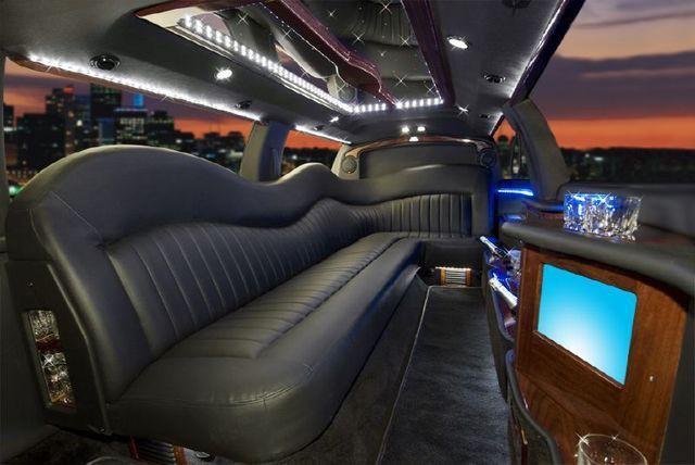 Limos 8 10 Passengers Executive Ride